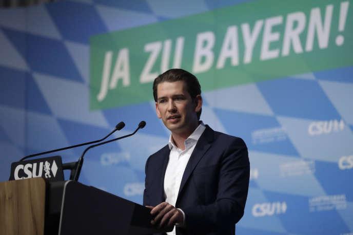Le chancelier autrichien Sebastian Kurz prend la parole lors d'un meeting politique de la CSU, à Munich, le 12 octobre.