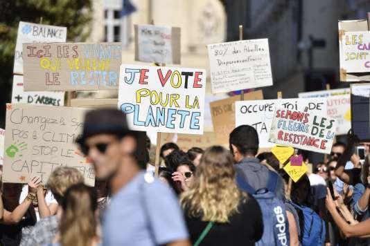 Ils étaient près de 500 à manifester, samedi 13 octobre, à Marseille.