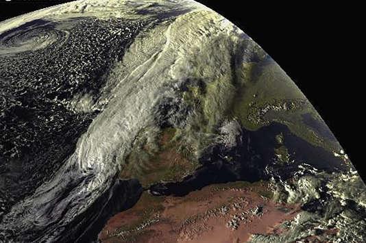L'ouragan zombie survole l'océan Atlantique depuis le 23septembre.