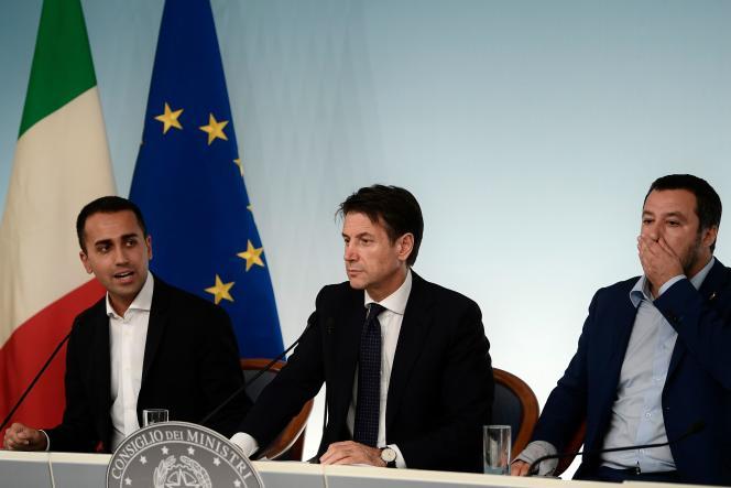Le projet approuvé lundi soir en conseil des ministres contient également les mesures économiques de relance voulues par le gouvernement.