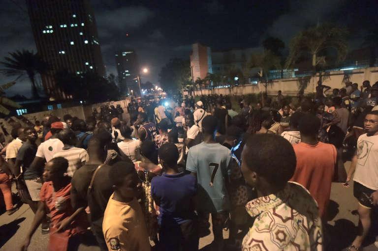 Rassemblement de partisans de Jacques Ehouo, maire sortant (PDCI) de la commune du Plateau, à Abidjan, le 14octobre 2018.