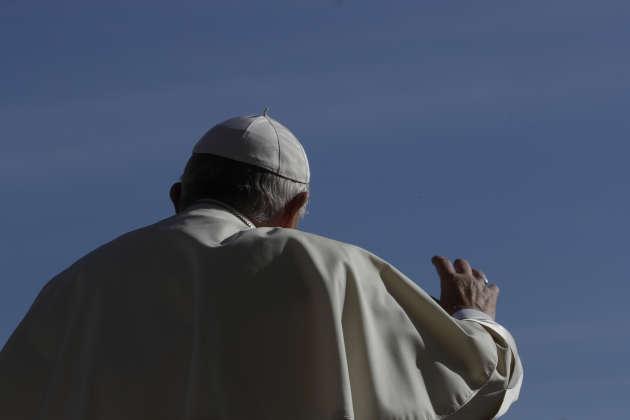 Le pape François, place Saint-Pierre, le 12 septembre.