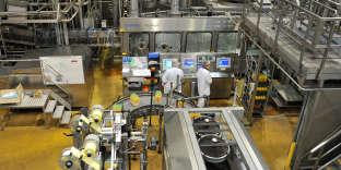 La laiterie de Saint-Denis-de-l'Hôtel, près d'Orléans, le 22 janvier 2016. L'entreprise a bénéficié du CICE pour mettre aux normes ses installations.