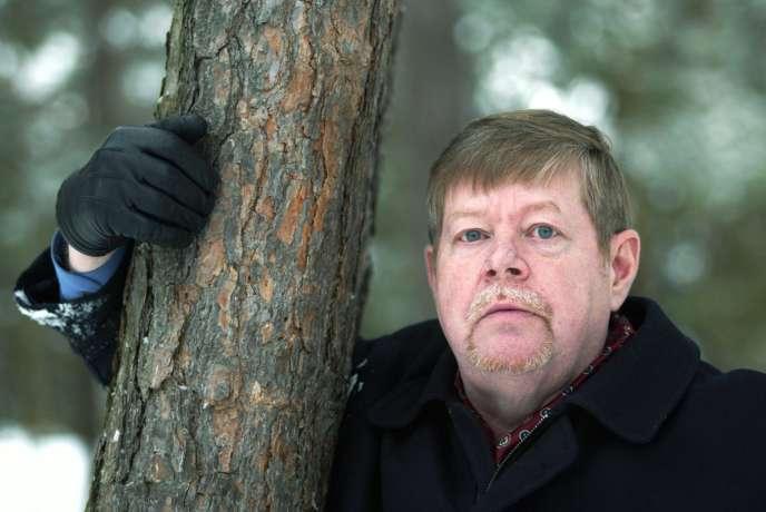 L'écrivain Arto Paasilinna en 2002, à Helsinki.