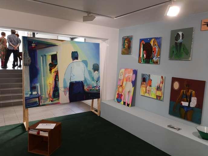 Le stand de la galerie Bernard Jordan (artiste Nina Childress) à la nouvelle foire parisienne Bienvenue.
