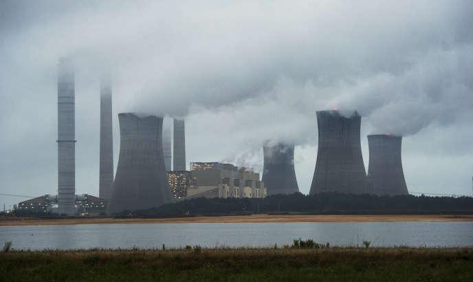 Centrale fonctionnant au charbon, à Juliette, en Géorgie (Etats-Unis), le 1er juin 2014.