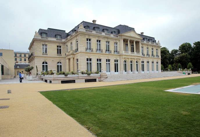 Le Château de La Muette, siège de l'Organisation de coopération et de développement économiques (OCDE), dans le 16e arrondissement de Paris.
