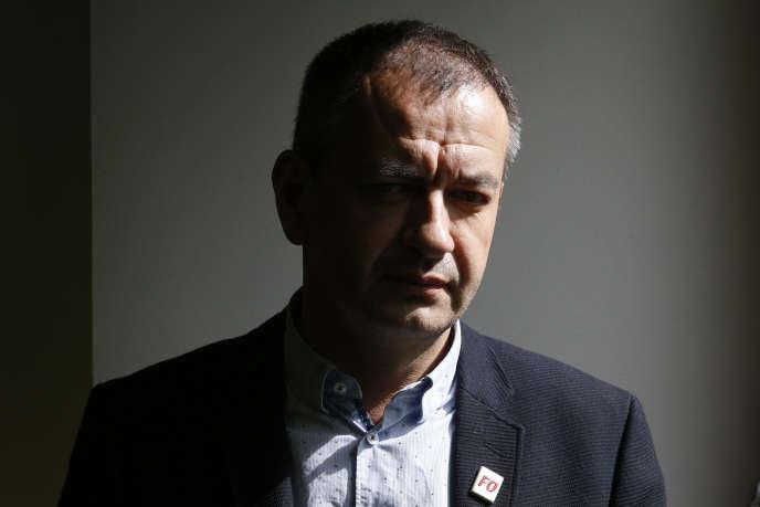 L'ex-secrétaire général de Force ouvrière a annoncé son départ dans un courriel interne, mercredi 17 octobre, dans lequel il dénonce une «cabale» et où transparaît sa colère.