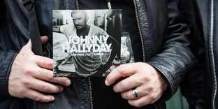 Présentation de l'album posthume du chanteur Johnny Hallyday, à Paris, le 15 octobre.