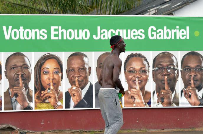 Affiche de campagne du Parti démocratique de Côte d'Ivoire d'Henri Konan Bédié pour les élections locoles et régionales du 13 octobre 2018.
