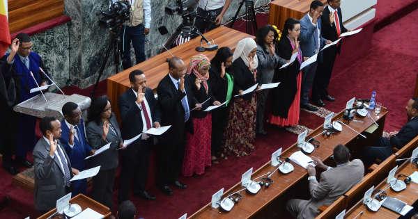 en-ethiopie-abiy-ahmed-nomme-un-gouvernement-pour-la-première-fois-paritaire