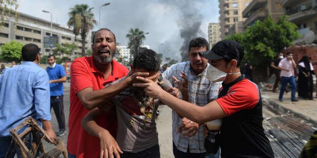 l'egypte-réprime-avec-des-blindés-français