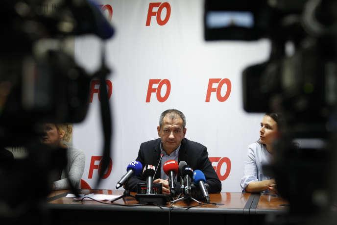 L'ancien secrétaire général de Force ouvrière, Pascal Pavageau, ici lors d'une conférence de presse à Paris, le 1er mai.