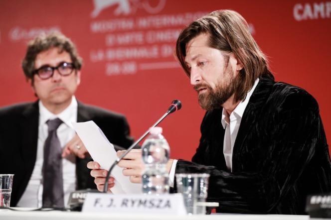 Le producteur d'origine polonaise Filip Jan Rymsza lors d'une conférence de presse à la 75e Mostra de Venise.