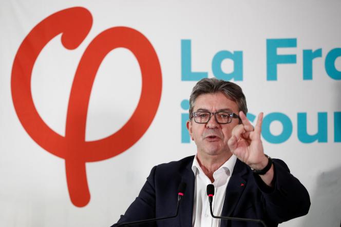 Jean-Luc Mélenchon lors de sa conférence de presse au siège du mouvement La France insoumise (LFI), à Paris, le 19 octobre.
