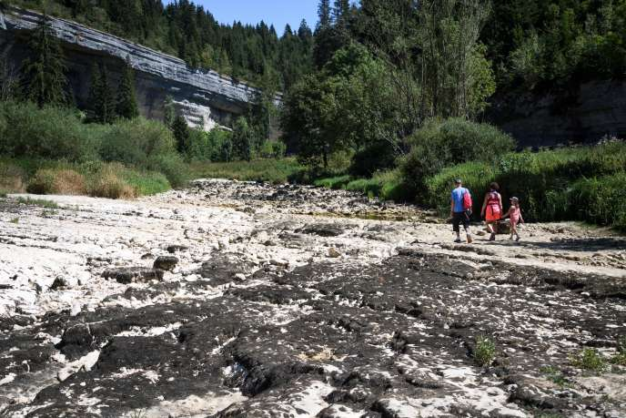 Le Doubs à sec, entrePontarlier et Morteau, le 12 août.