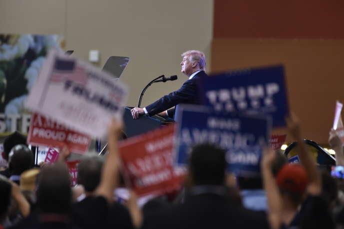 Donald Trump en meeting à Phoenix, le 22 août 2017.