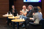 Une table ronde organisée dans le cadre du Monde Festival, samedi 6 octobre, avec les romanciers islandais Audur Ava Olafsdottir et Arni Thorarinsson, le traducteur littéraire Eric Boury, et Mathias Malzieu, auteur-compositeur et chanteur du groupe de rock français Dionysos.