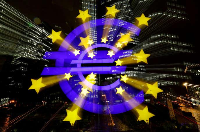 « La crise financière de 2008 a conduit les banquiers centraux à créer des liquidités très en amont des marchés financiers, par le biais des politiques d'assouplissement quantitatif» (Photo: siège de la BCE, à Francfort).