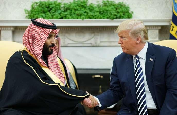 Le président des Etats-Unis, Donald Trump, et le prince héritier d'Arabie saoudite, Mohammed Ben Salman, à la Maison Blanche, à Washington, le 20 mars.