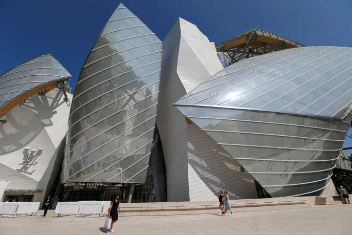 La Fondation Louis Vuitton, conçue par l'architecte Frank Gehry, à Paris, en août.