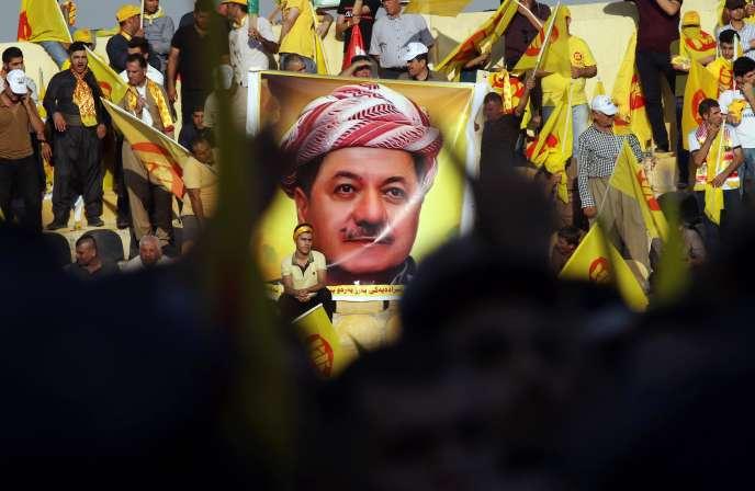 Une affiche à l'effigie deMassoud Barzani, lors d'un meeting du Parti démocratique du Kurdistan, le 25 septembre à Erbil.