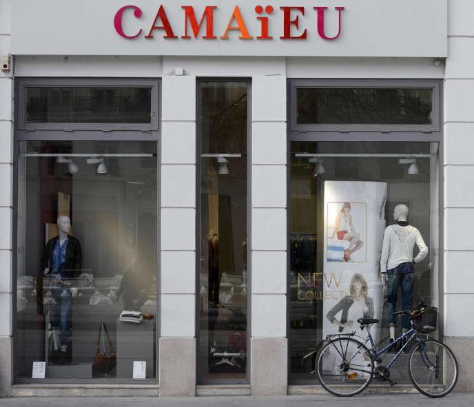 A Lyon, en février 2014. Le leader du prêt-à-porter féminin en France exploite 654 magasins en France.