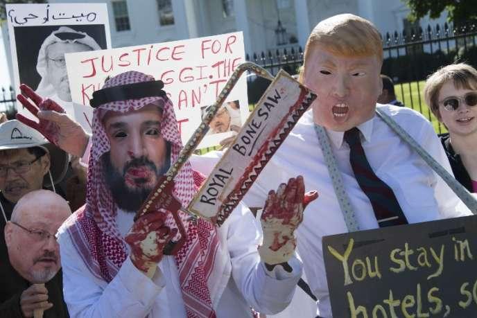 Manifestation de soutien au journaliste assassiné Jamal Khashoggi, le 19 octobre, devant la Maison Blanche, à Washington.