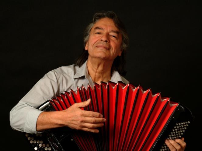 L'accordéoniste Raul Barboza, le« King du chamané».