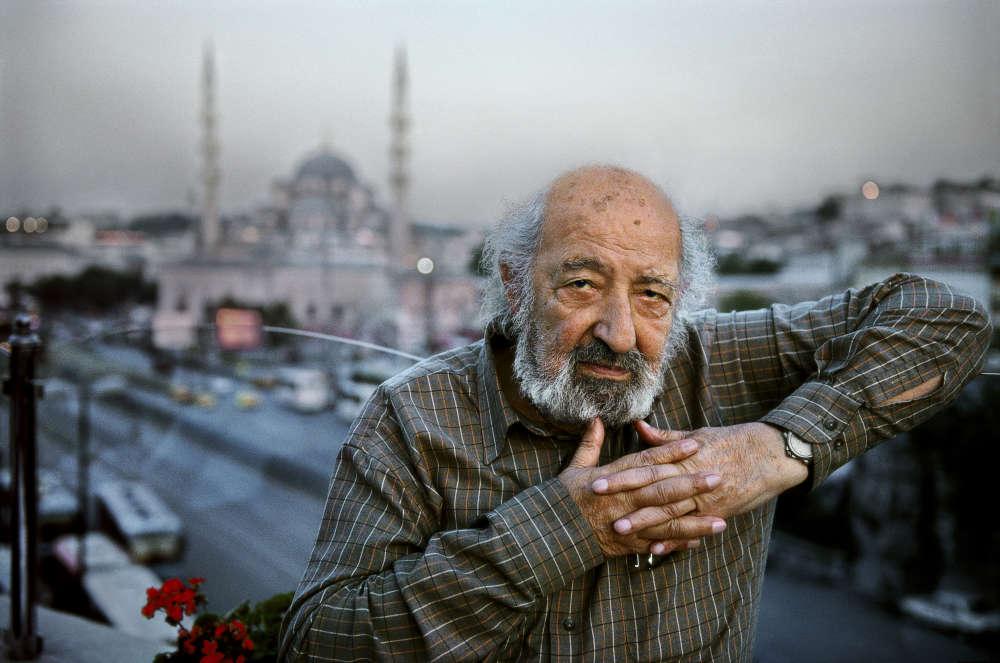 Ara Güler laisse le témoignage de toute une vie sur les transformations d'Istanbul, une ville dont il n'a jamais cessé de faire le portrait.