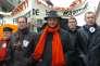 Les élus du PS Guillaume Bachelay, Laurent Fabius et Christophe Bouillon lors d'une manifestation, à Rouen, le 7 mars 2006.