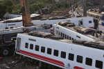 Un train transportant 366 personnes a déraillé à Yilang, sur l'île de Taïwan, le 21 octobre 2018.