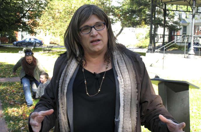 Dans le Vermont, Christine Hallquist est la première candidate transgenre à un poste de gouverneure.