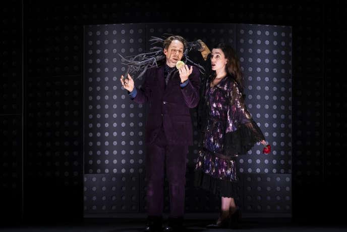 Jacques Imbrailo (Pelléas) et Anne-Catherine Gillet (Mélisande) dans «Pelléas et Mélisande»,mis en scène par Barrie Kosky en2017 à Berlin, présenté à l'Opéra du Rhin jusqu'au 11novembre 2018.