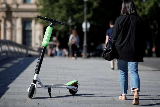 Trottinettes électriques : la ministre des transports annonce « une nouvelle catégorie de véhicule » dans le code de la route