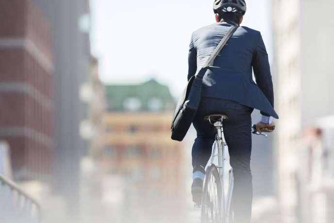 Le gouvernement espère, d'ici à 2024, multiplier par trois la proportion des trajets qui se font à vélo.
