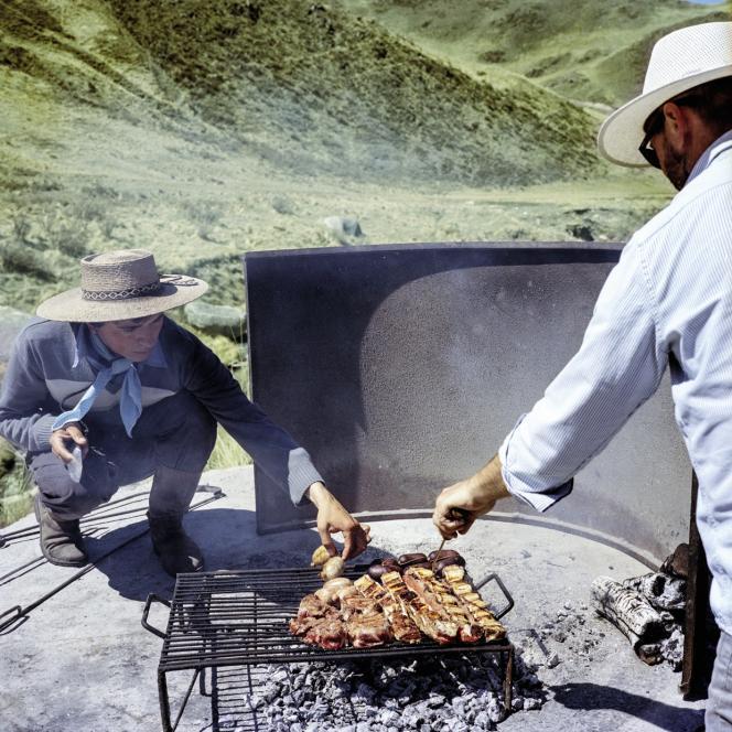 Le soir, au Rancho 'e Cuero, à Tupungato, autour du barbecue local.