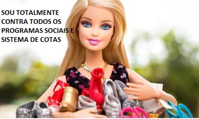 Un «mème » brésilien faisant dire à Barbie : «Je suis totalement contre tous les programmes sociaux et le système de quota. »