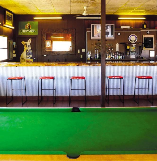 Le bar d'une «roadhouse» entre Katherine et Kununurra.