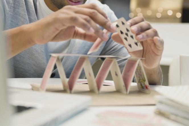 «Les 4 et 5 octobre, au siège de la Banque de France à Paris, des équipes interentreprises de dix-sept grandes sociétés ont réfléchi collectivement pour « casser les codes du management. »