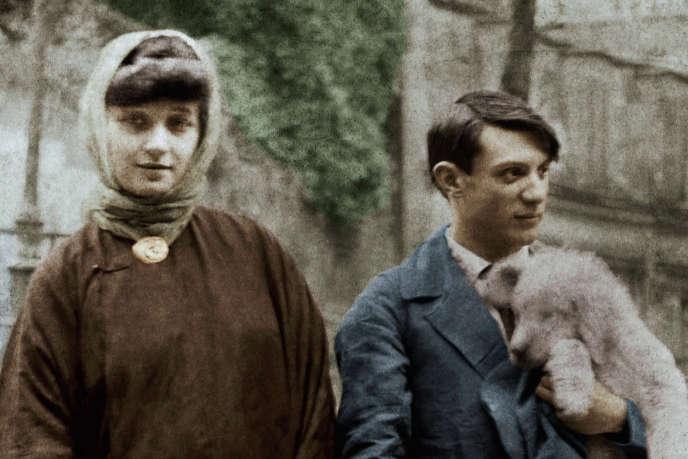 Pablo Picasso (à droite) au début des années 1900.