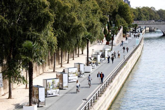 Les berges de la rive droite de la Seine au centre de Paris zone piétonnière depuis 2016.
