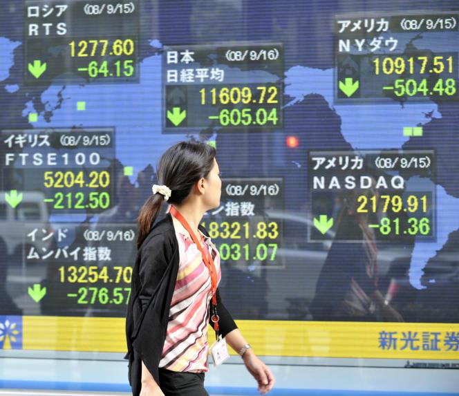 Indices boursiers, le 16 septembre 2008, à Tokyo.