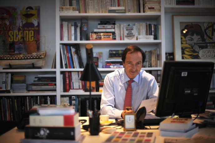 Michel-Edouard Leclerc, dans son bureau, le 6 décembre 2007 à Ivry-Sur-Seine.