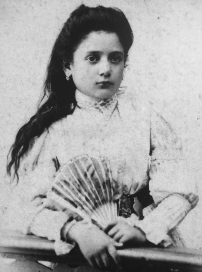 Dolores Prato, très jeune fille.