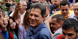 Fernando Haddad durant la campagne de la présidentielle à Sao Paulo, le 28 octobre.