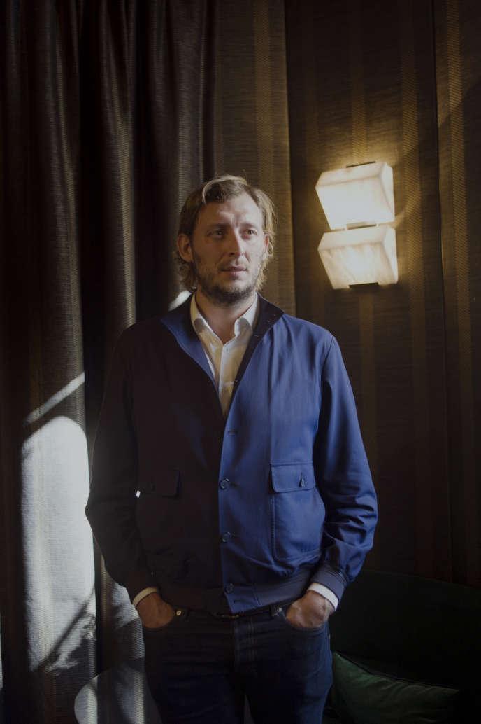 Amaury Leveaux, le 5 octobre dans un café des Invalides.