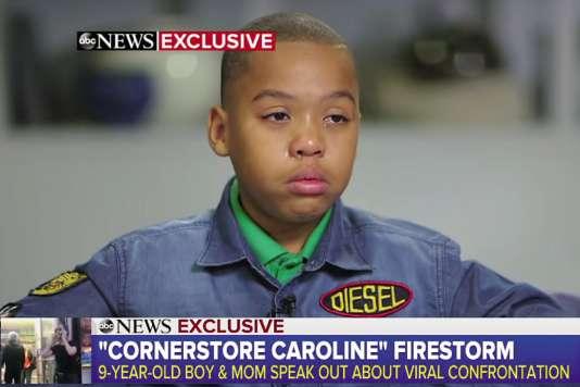 Jeremiah, 9 ans, en est encore tout secoué. Quelques jours plus tôt, il a frôlé malencontreusement le postérieur d'une femme blanche avec son sac à dos, elle a appelé la police.