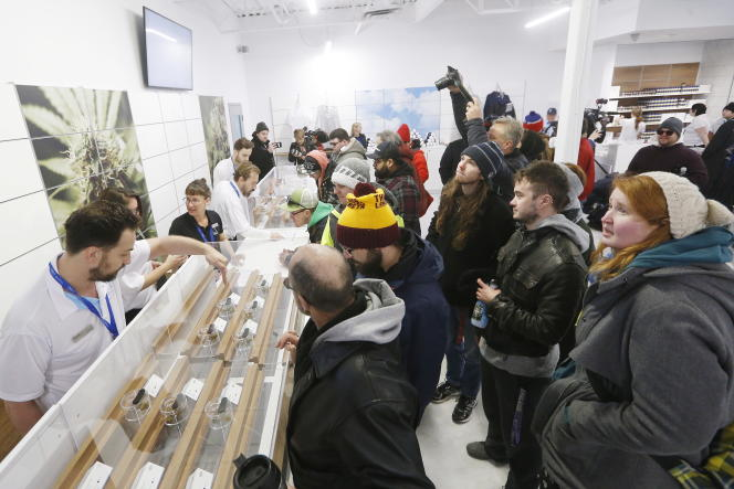 Point de vente de cannabis récréatif à Winnipeg, dans la province du Manitoba, au Canada le 17octobre.