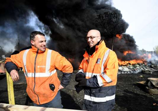 Des salariés d'Ascoval, le 31 octobre à Saint-Saulve.
